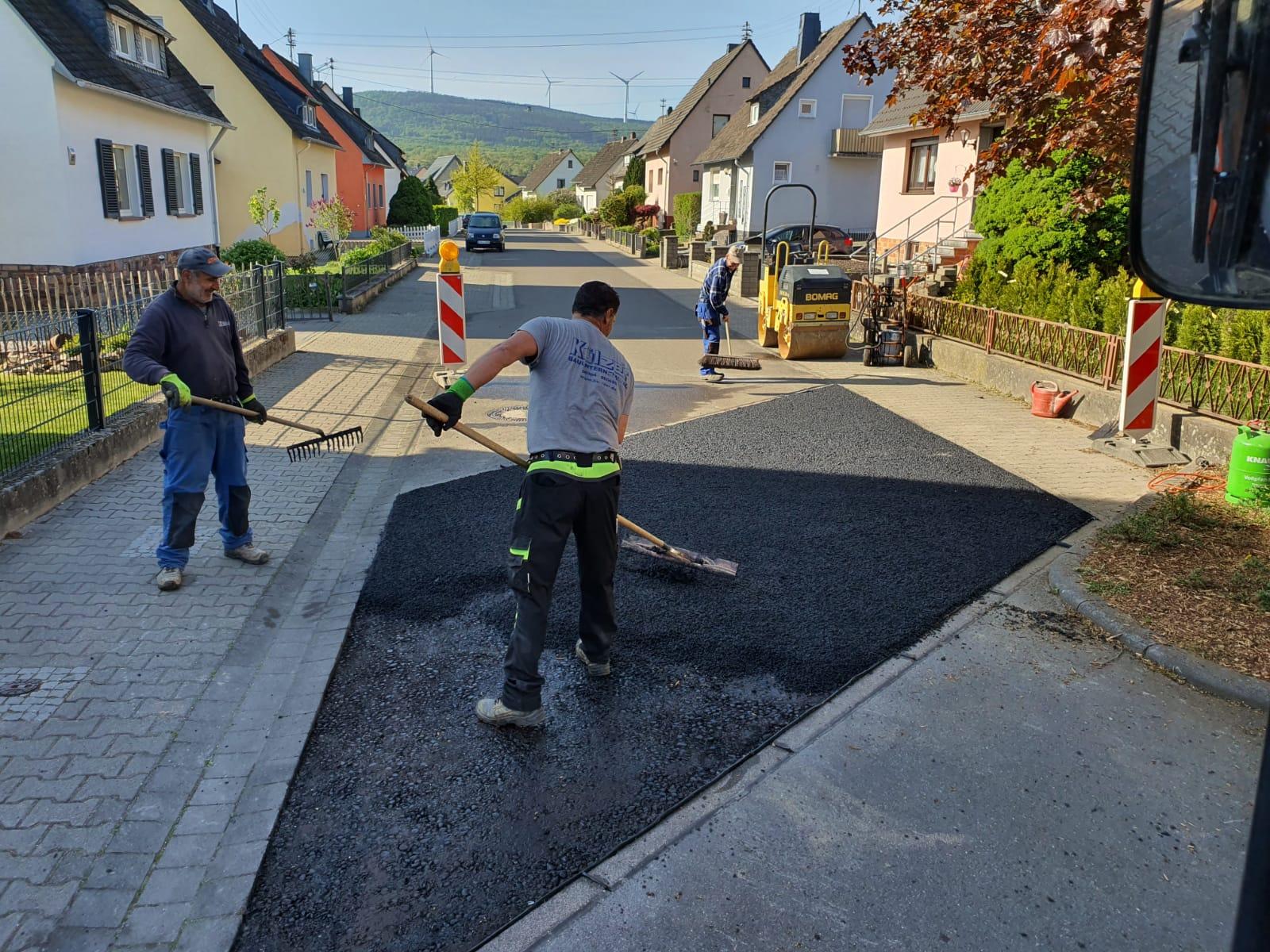 Külzer Bauunternehmen - Asphalteinbau Kleinmenge